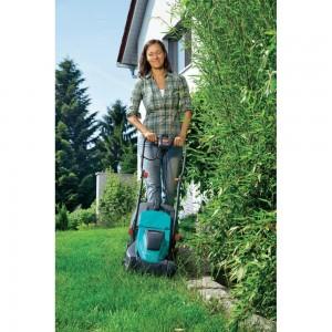 Tondeuse pour bordures et herbes mouillées Gardena PowerMax 32 E