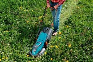 Tondeuse électrique pour gazon épais puissante Gardena PowerMax 32 E