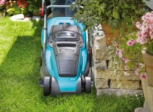 Tondeuse puissante pour gazon et bordures Gardena PowerMax 37E