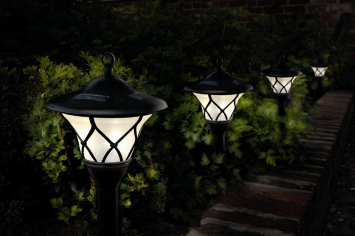 3 tendances incontournables des luminaires pour l'extérieur_debroussaillez