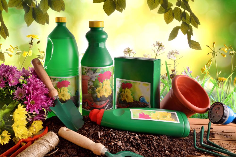 Matériel et produits d'entretien de jardin